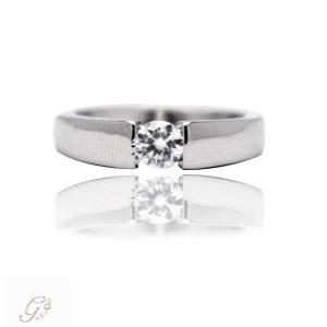 vigselring förlovningsring diamantring enstensring